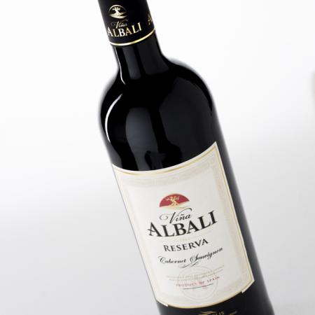 vina-albali-cabernet1-640x960